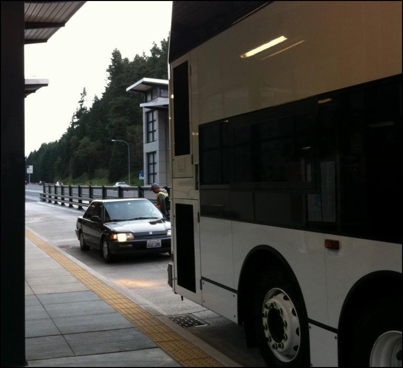 bus bay on I-5